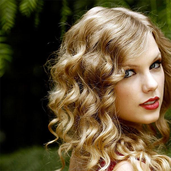 Крашенные в русый цвет волосы