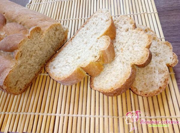 Ароматный домашний хлеб готов