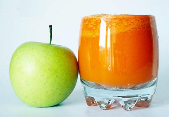 Морковный сок и яблоко