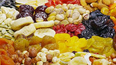 Сухофрукты на рынке