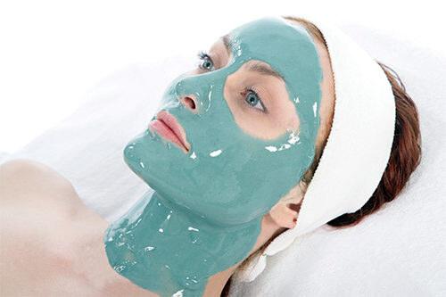 Маска из голубой глины для жирной кожи