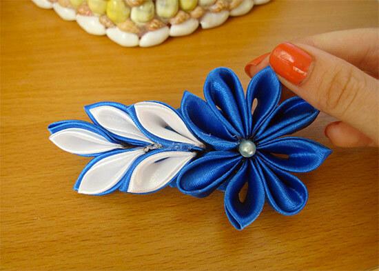 Заколка из ленты - цветок