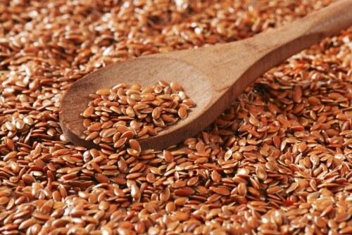 Семена льна чистят кишечник