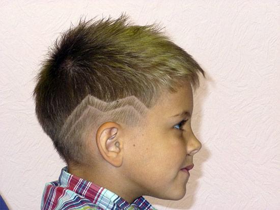 Рисунок на волосах машинкой для мальчиков