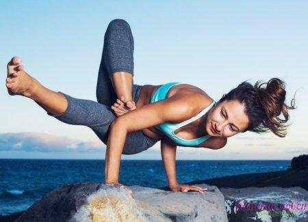 Крутая асана из силовой йоги