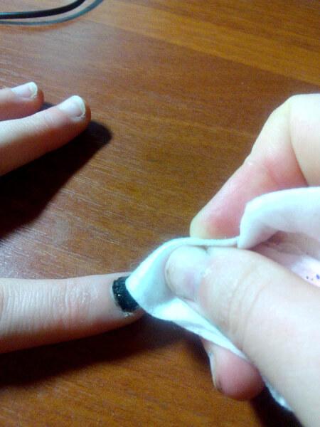 Снятие липкого слоя топа с ногтя