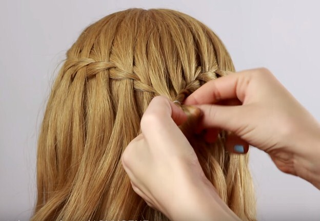коса водопад средние волосы