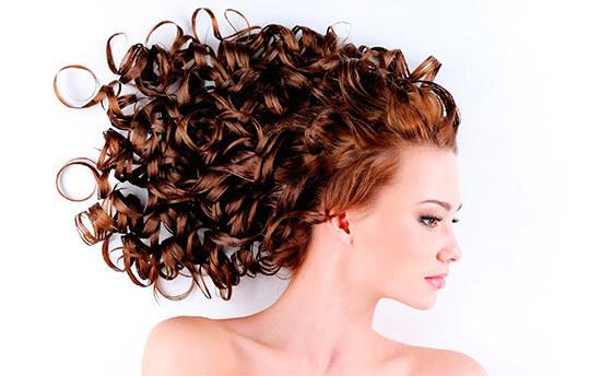 Завитые волосы, африканские кудряшки