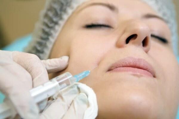 Плазмолифтинг лица, иньекция в кожу