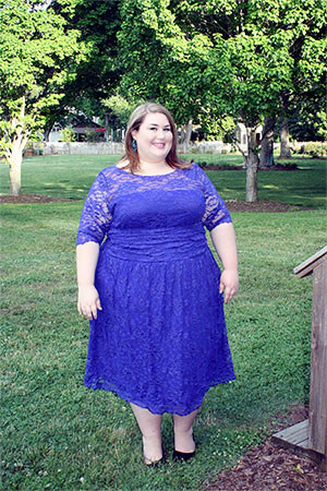Платье-туника на пышной женщине