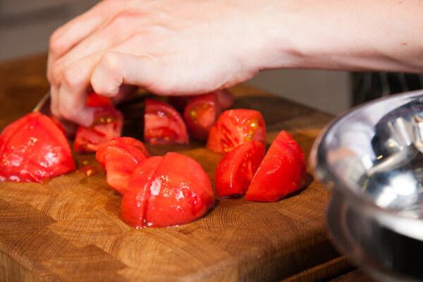 Резка помидрово