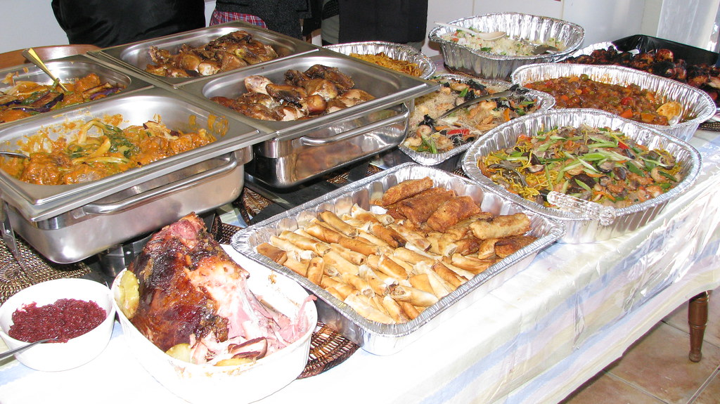 Филиппины, стол с едой